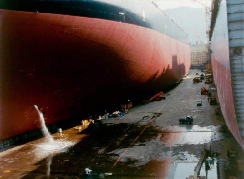 Peter Hutton – At Sea